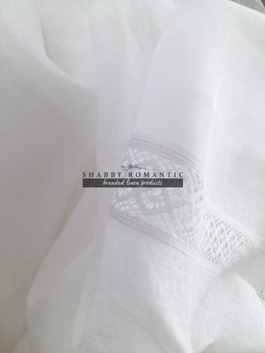 Ľanová záclona s krajkou